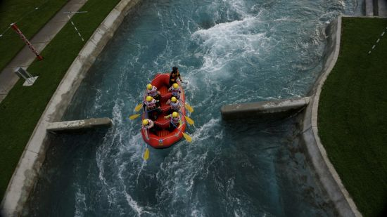 Rafting at Vector Wero Whitewater Park